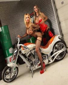 Vorschaubild von TS Transe Bebel XXL & Lana Hilton Shemale in Berlin bei Transgirls.de