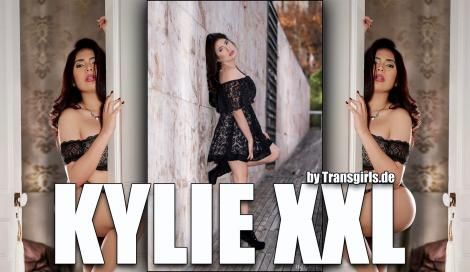 Premium Preview Picture from Kylie XXL Shemale in Berlin