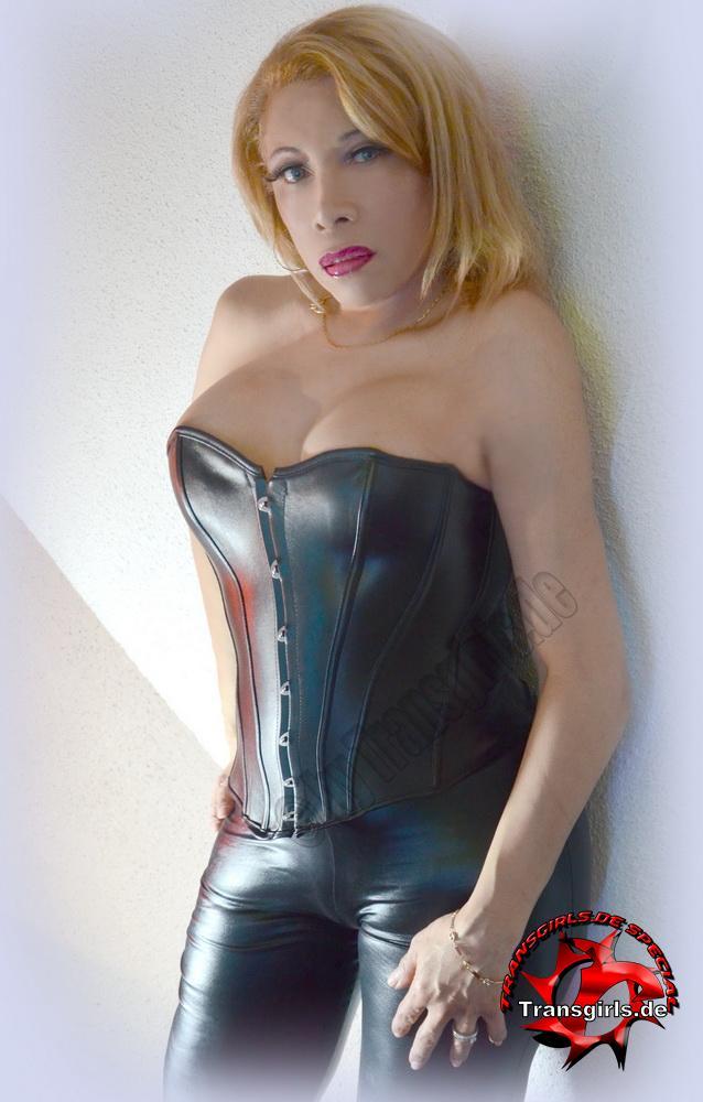 Foto Nr 98405 von Letizia Cortez Trans/Shemale in Berlin    Tel: 0152-26994744