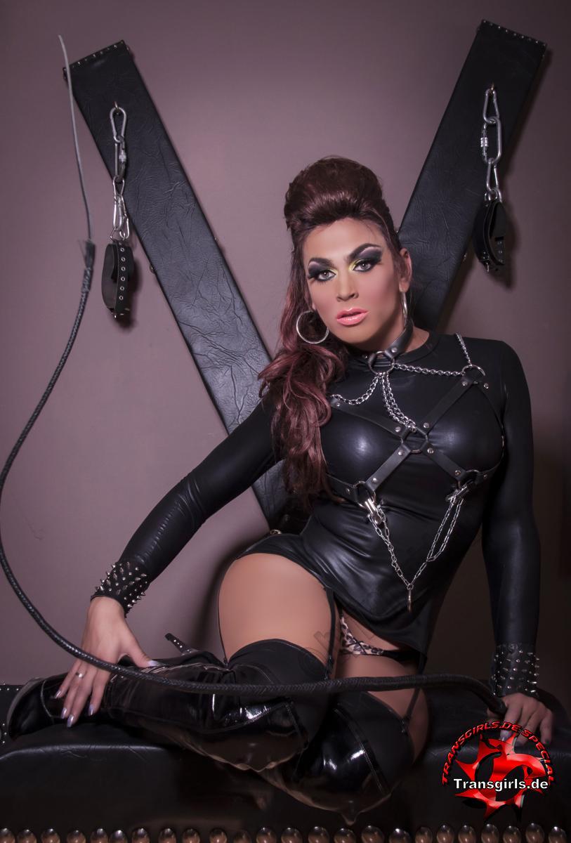 Foto Nr. 102106 von Shemale Trans Adriana