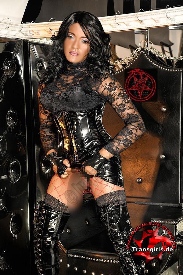 Foto Nr. 110443 von Shemale Trans Hiliana Krowley