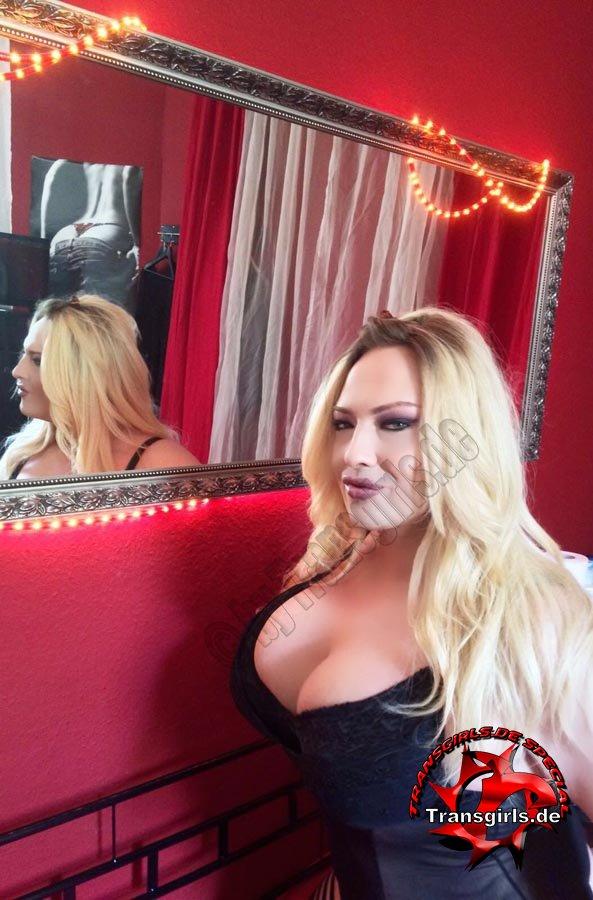 Foto Nr. 82569 von Shemale Trans Scarlett