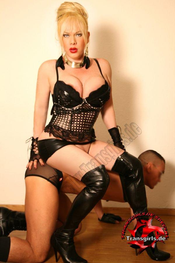 Foto Nr. 78159 von Shemale Trans Diosa Blonde