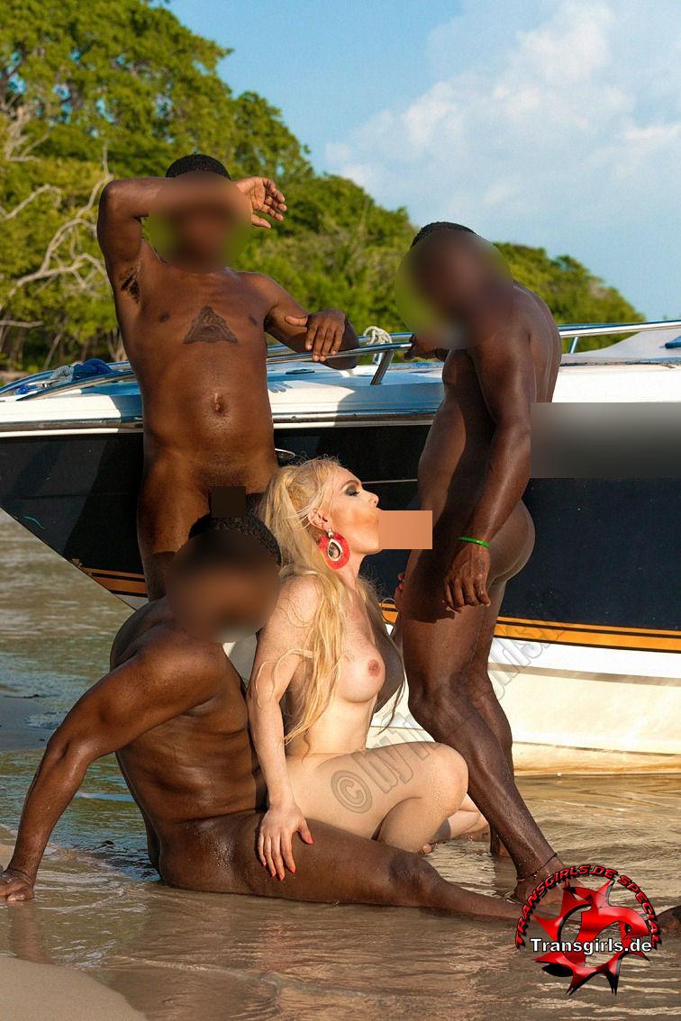 Foto Nr. 108889 von Shemale Trans Diosa Blonde