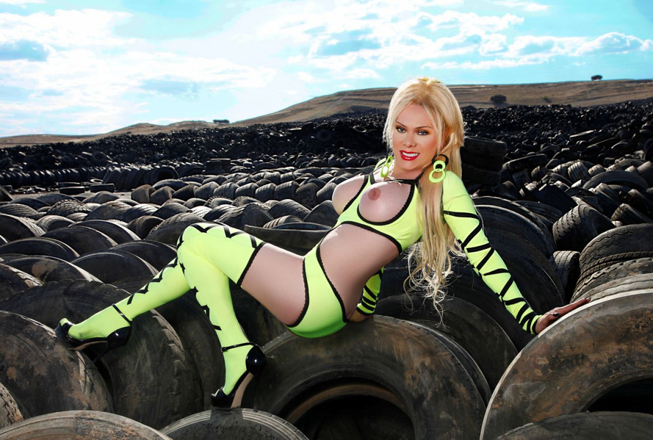 Foto Nr. 70091 von Shemale Trans Diosa Blonde