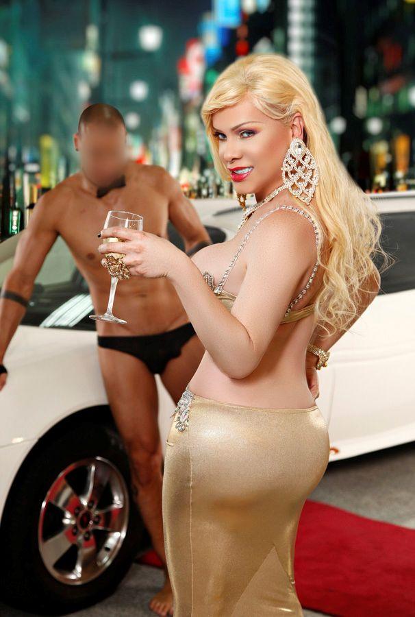 Foto Nr. 70108 von Shemale Trans Diosa Blonde