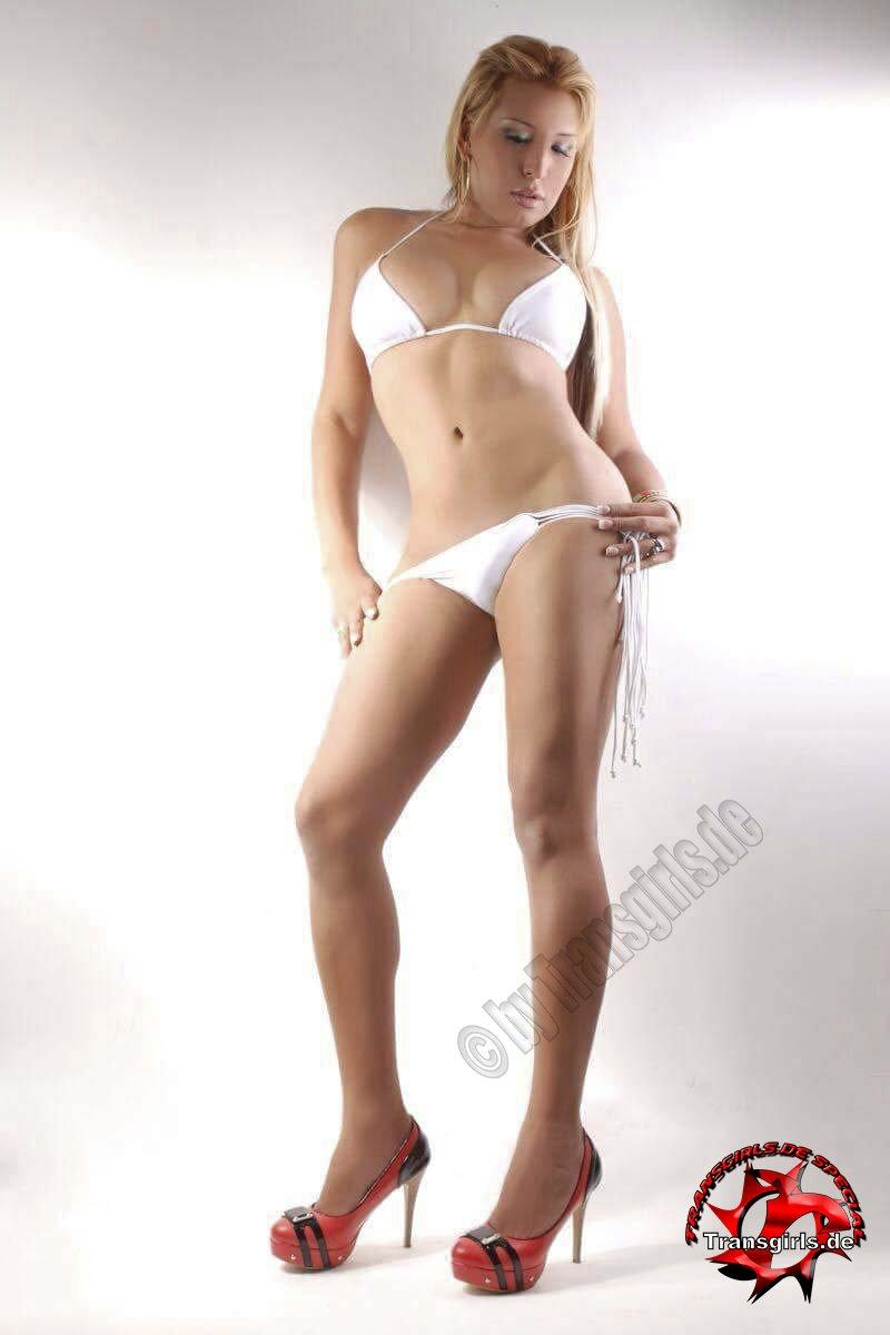 Foto Nr. 89077 von Shemale Trans Sara Hot