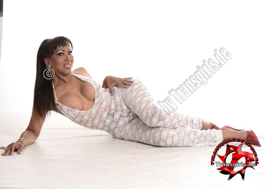 Foto Nr. 90079 von Shemale Trans Anakonda XXL