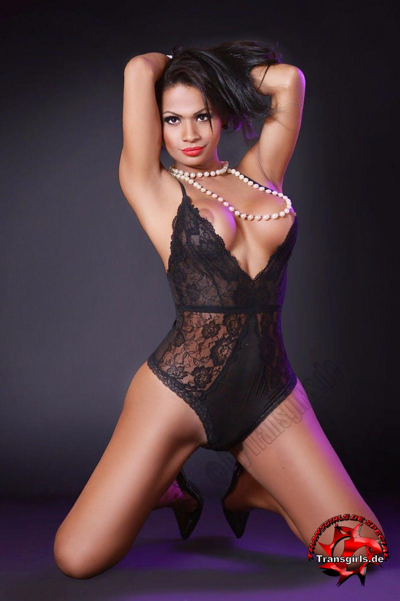 Foto Nr. 101553 von Shemale Trans Vanessa XXL