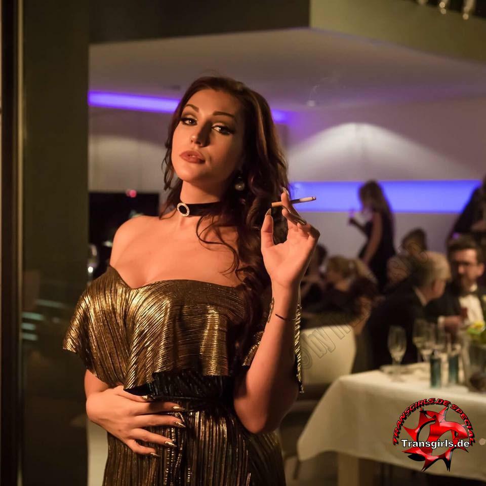 Foto Nr. 108745 von Shemale Trans Nicole
