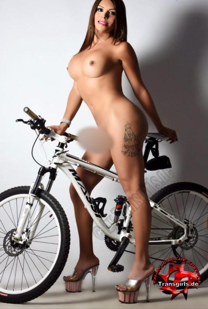 Foto Nr. 110080 von Shemale Trans Sara XL