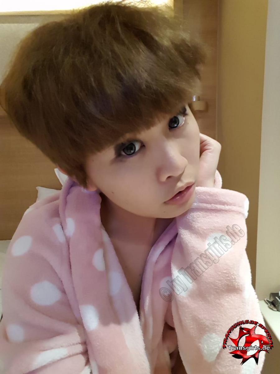 Foto Nr. 112275 von Shemale Trans Asian Ladyboy Bella Adrianna