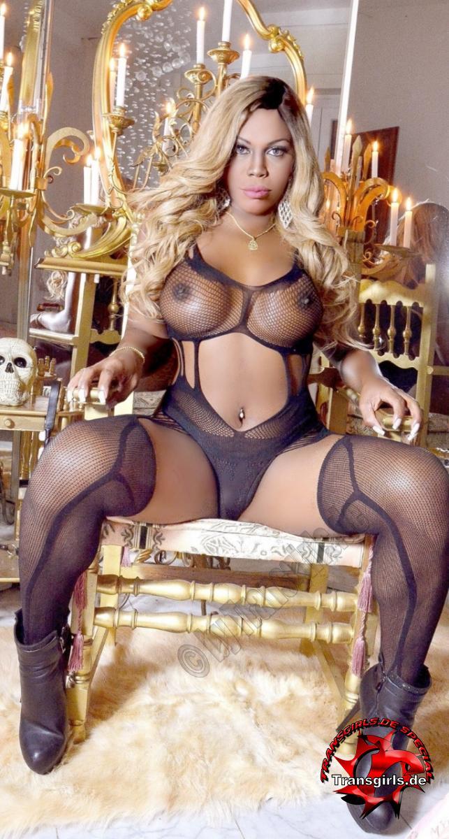 Foto Nr. 116318 von Shemale Trans Nicole Müller XXL Big Black