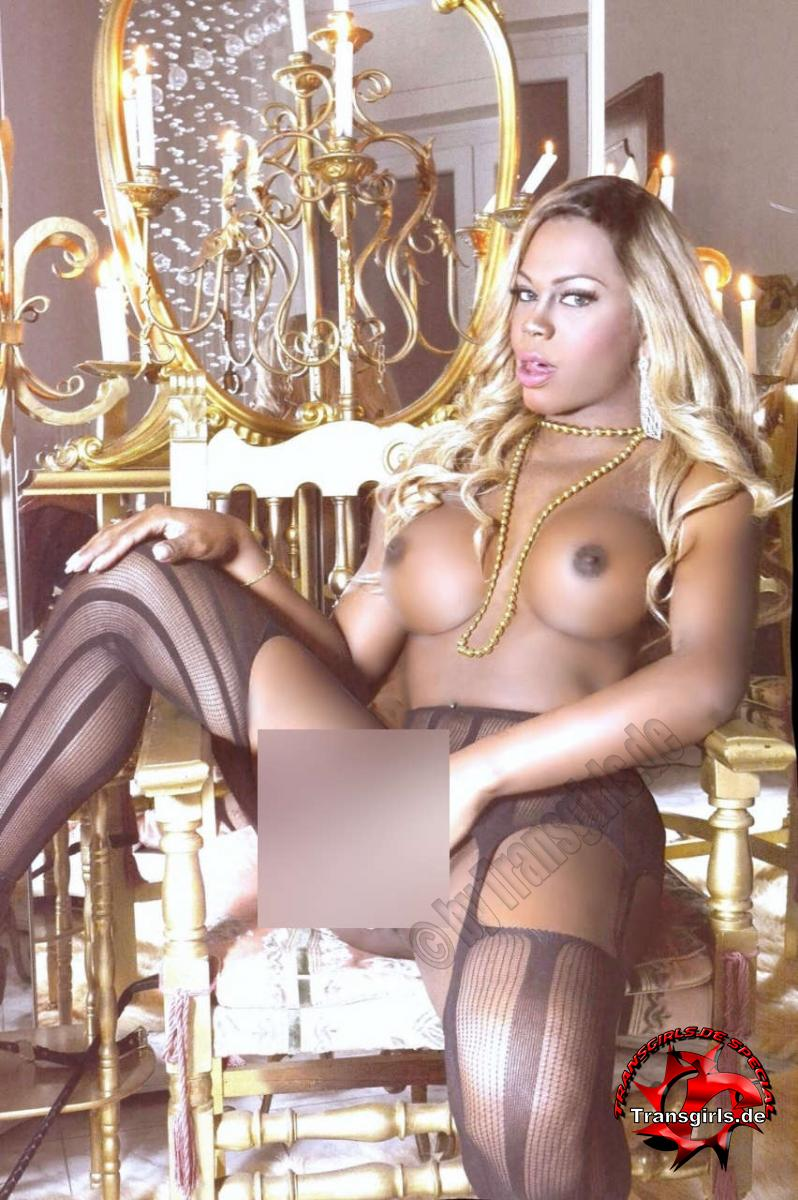 Foto Nr. 116324 von Shemale Trans Nicole Müller XXL Big Black