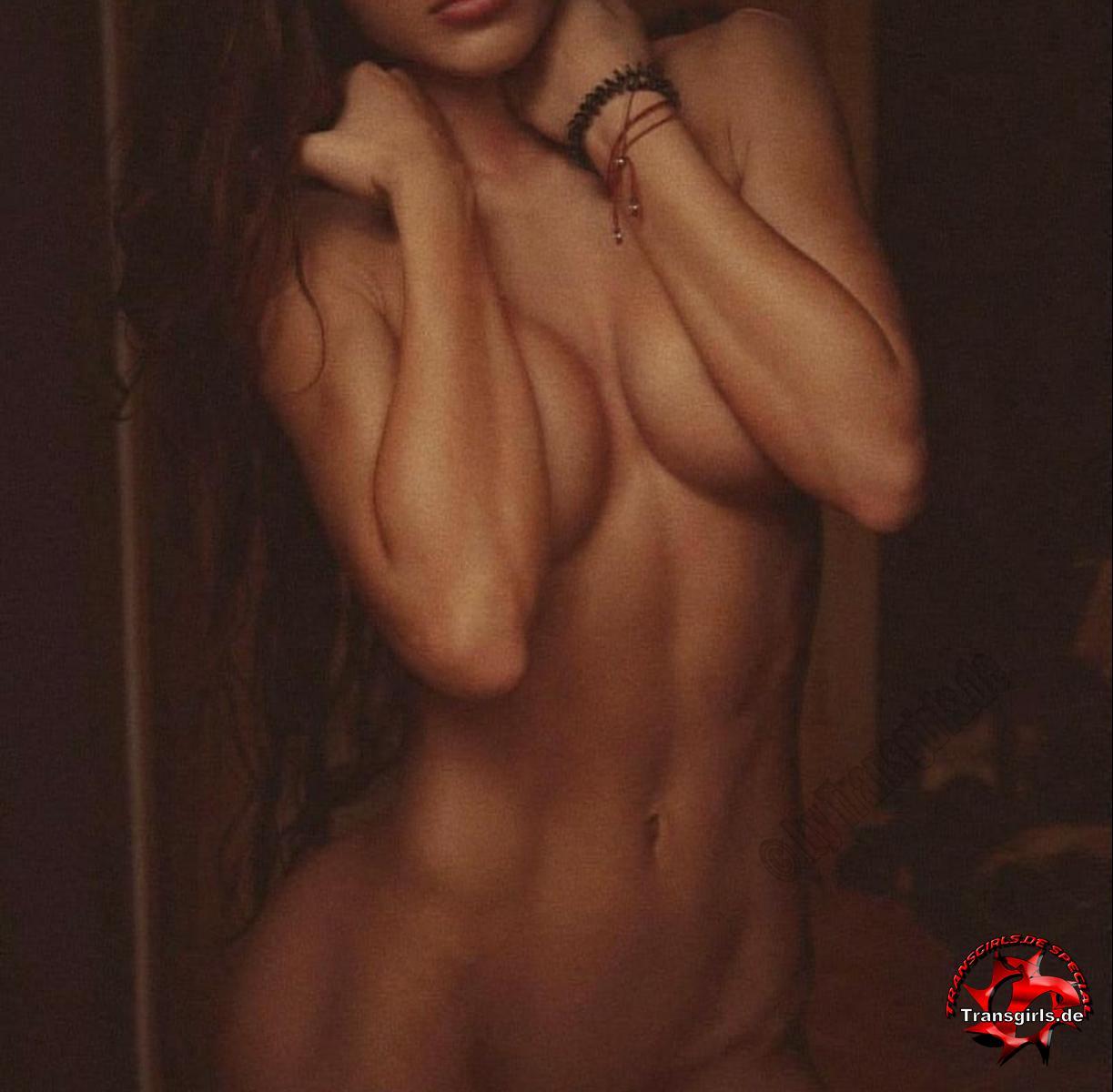 Foto Nr. 121663 von Shemale Trans Maria Pornos