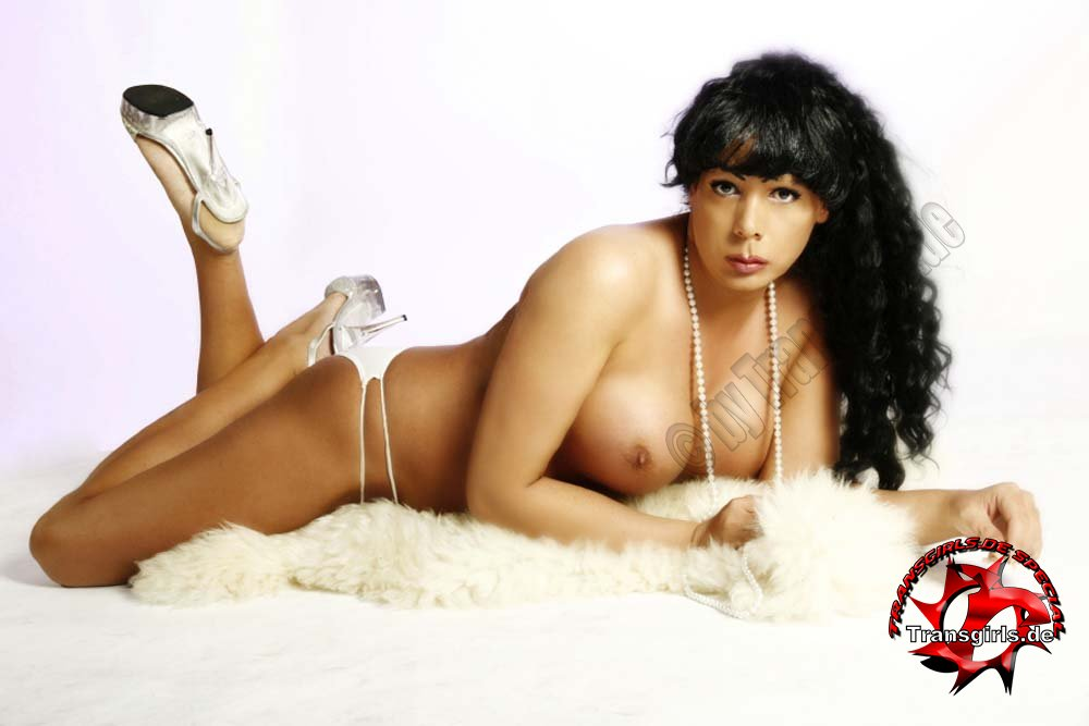 Foto Nr. 84890 von Shemale Trans Jessy XXL