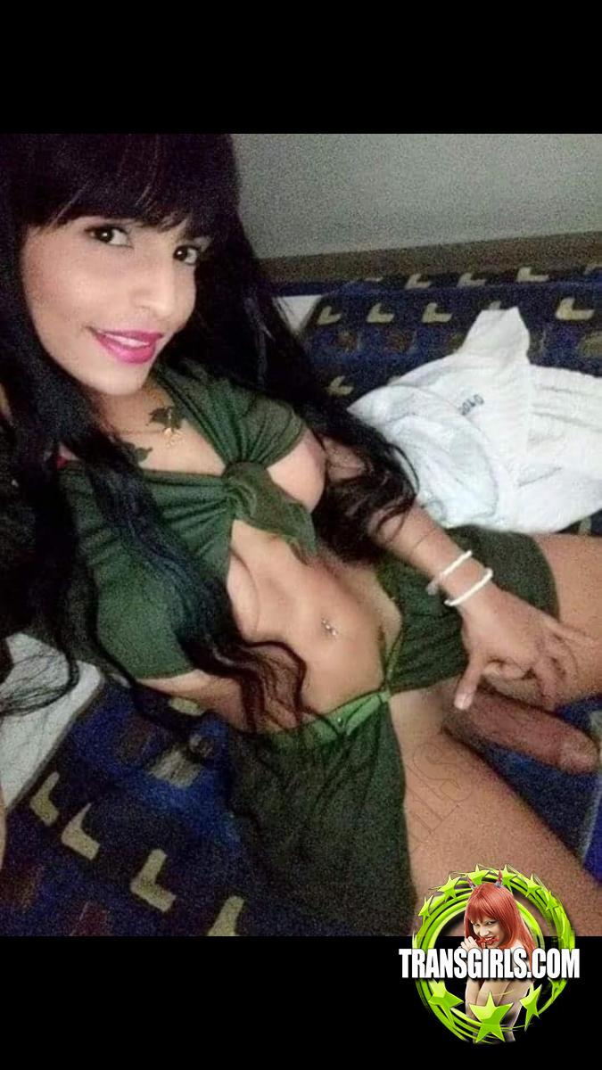 Foto Nr. 4305 von Shemale Trans Jessika Porn