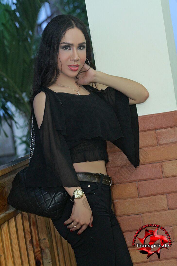 Foto Nr. 101025 von Shemale Trans Olivia Queen
