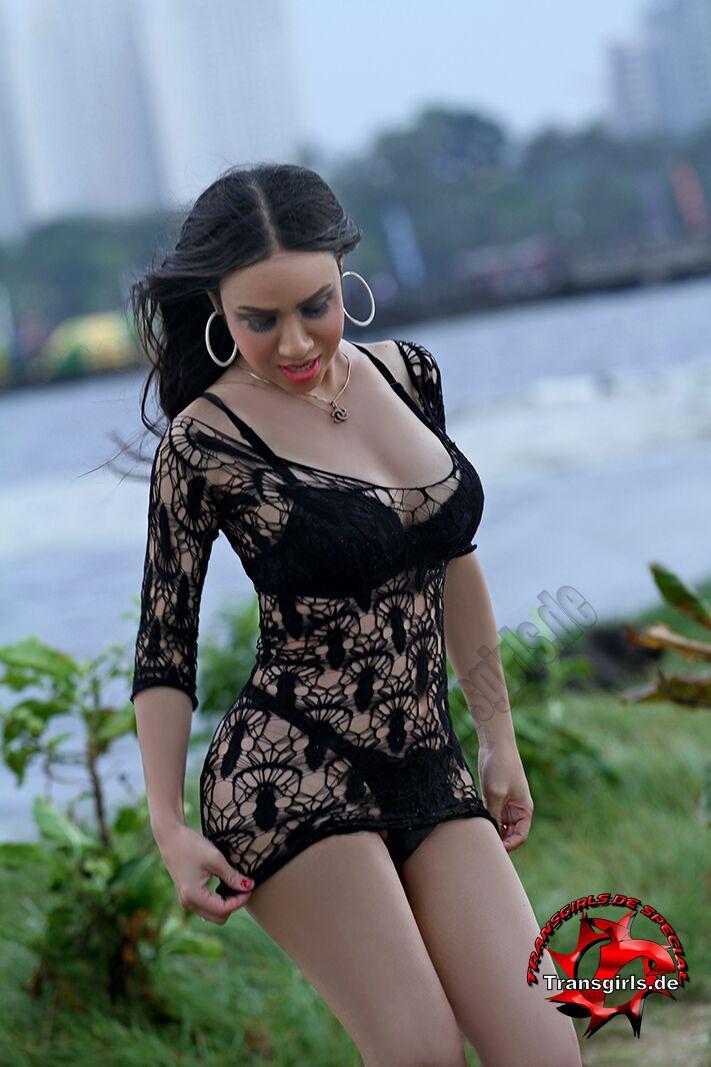 Foto Nr. 101023 von Shemale Trans Olivia Queen