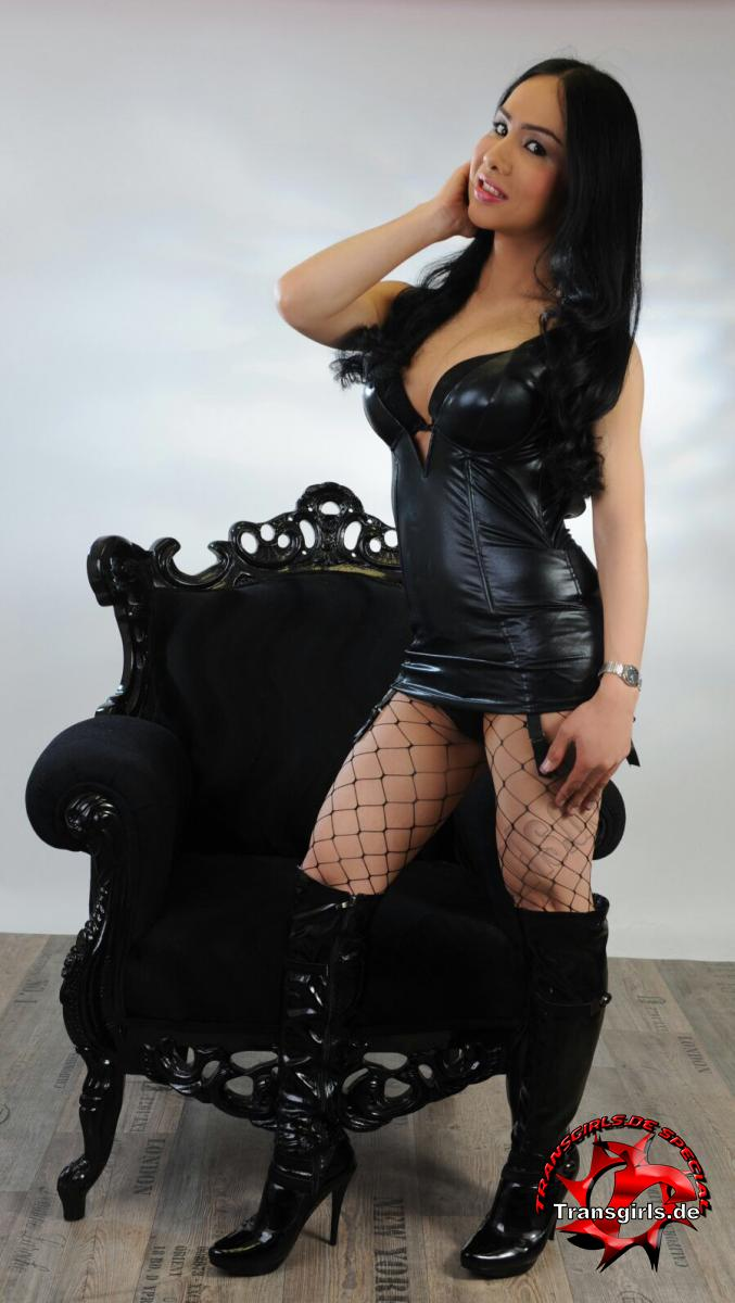 Foto Nr. 101012 von Shemale Trans Olivia Queen