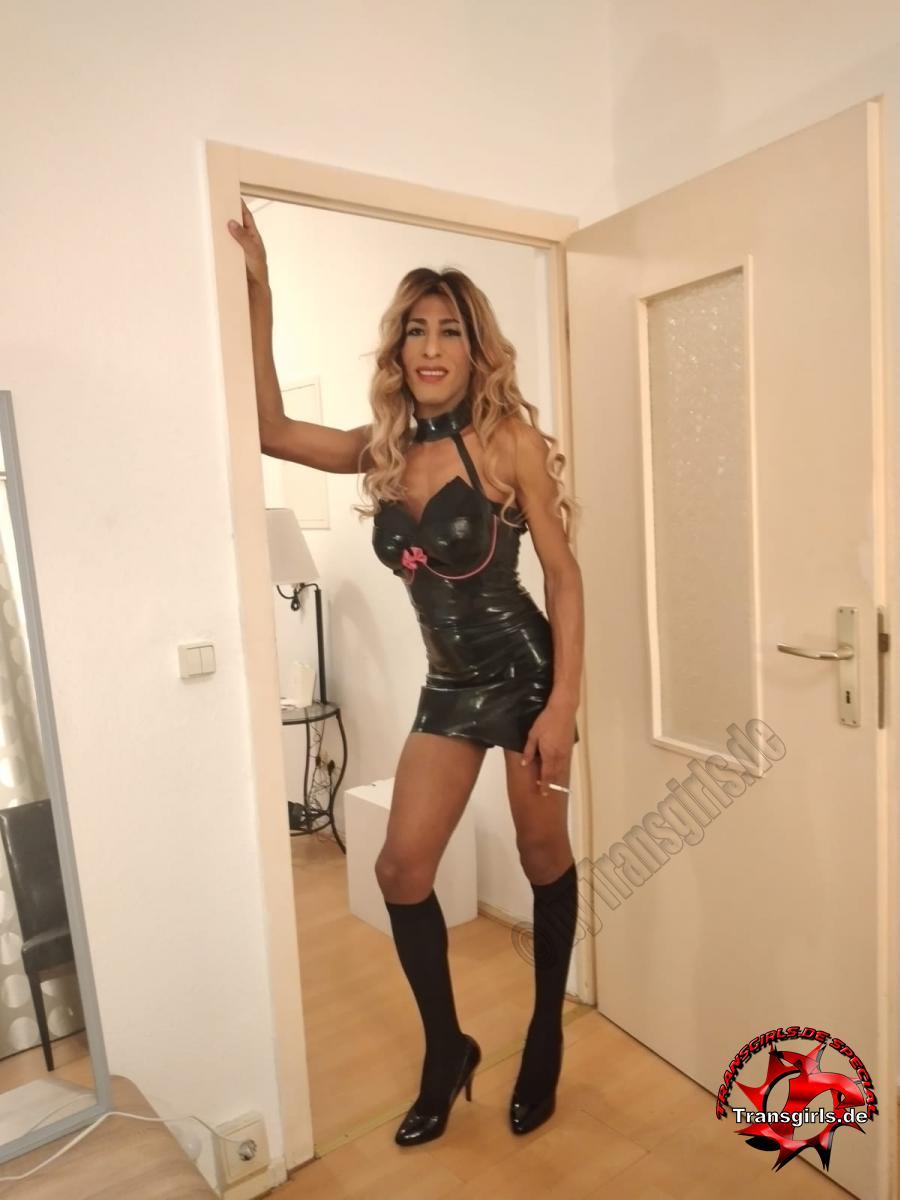 Foto Nr. 129150 von Shemale Trans Melissa Anaconda