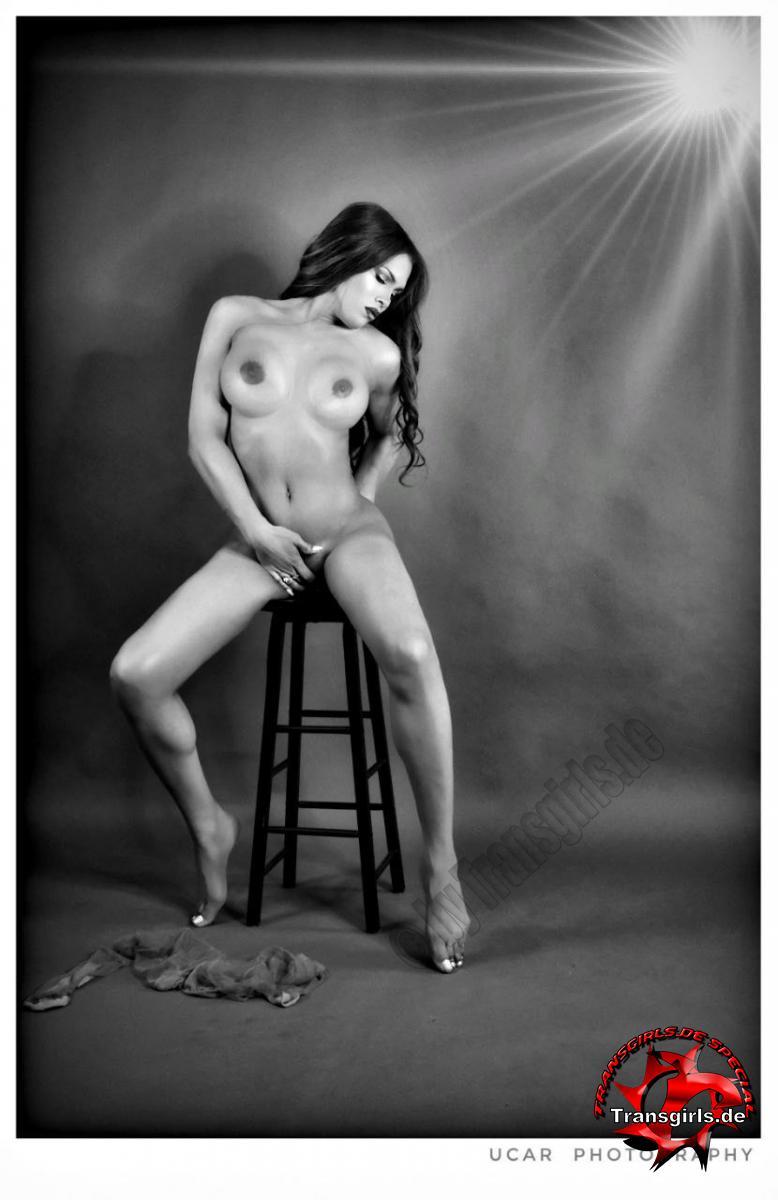 Foto Nr. 136686 von Shemale Trans Karen Exotica