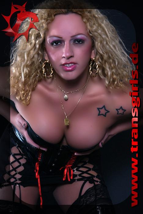 Foto Nr. 15245 von Shemale Trans Scarlet